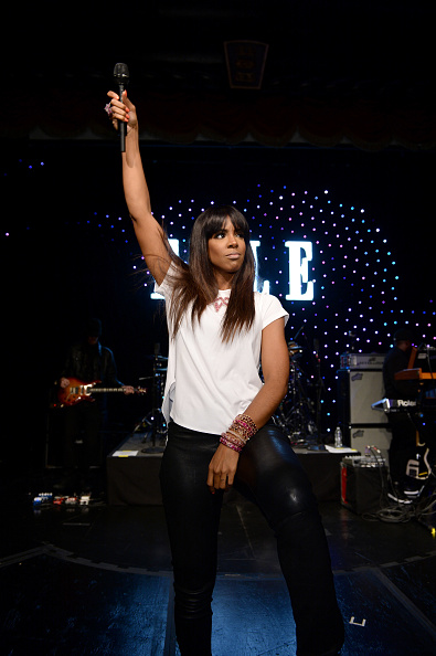 Black Pants「4th Annual ELLE Women in Music Celebration - Inside」:写真・画像(5)[壁紙.com]