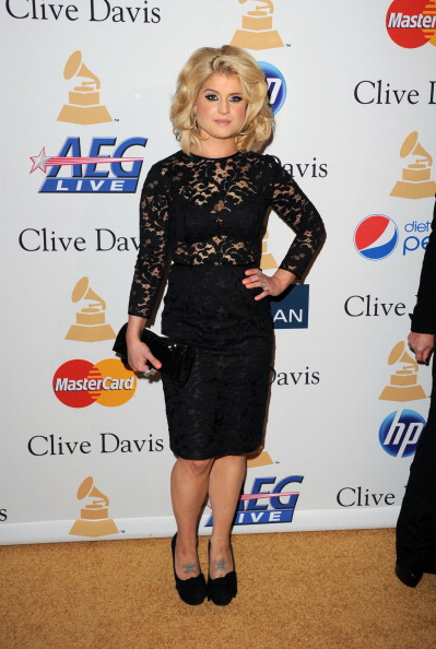 Bleached Hair「2011 Pre-GRAMMY Gala And Salute To Industry Icons Honoring David Geffen - Arrivals」:写真・画像(16)[壁紙.com]