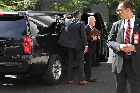 Security「EPA Administrator Scott Pruitt Testifies At House Hearing On FY2019 Budget」:写真・画像(12)[壁紙.com]