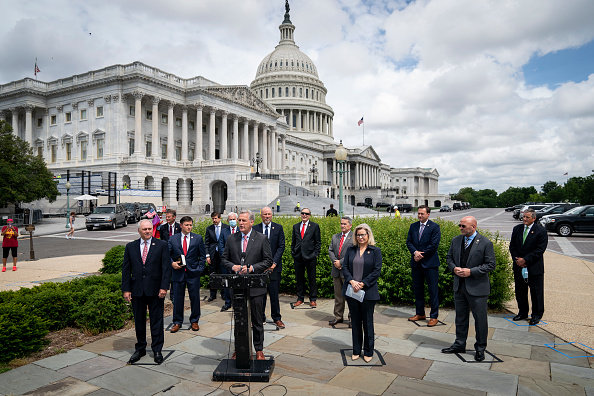 Capitol Hill「House Minority Leader Kevin McCarthy And House Leadership Hold News Conference At U.S. Capitol」:写真・画像(4)[壁紙.com]