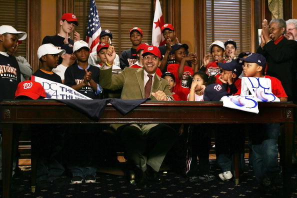 Baseball - Sport「DC Mayor Signs Financing Act For New Ballpark」:写真・画像(19)[壁紙.com]