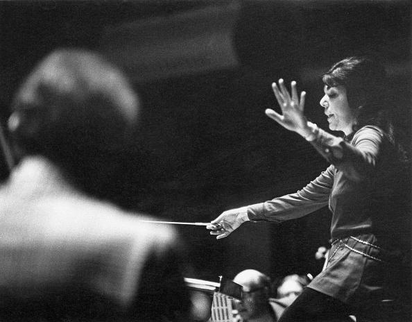 Classical Musician「Eve Queler Conducts」:写真・画像(12)[壁紙.com]
