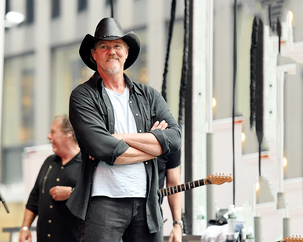 シリーズ画像「Trace Adkins Performs On Fox & Friends' All-American Summer Concert Series」:写真・画像(12)[壁紙.com]
