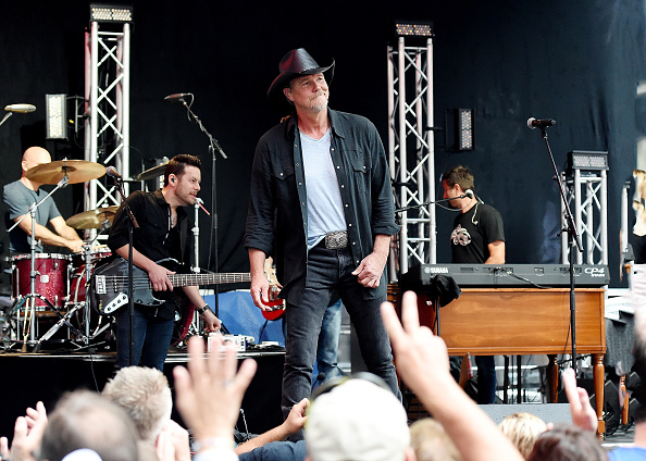 シリーズ画像「Trace Adkins Performs On Fox & Friends' All-American Summer Concert Series」:写真・画像(13)[壁紙.com]
