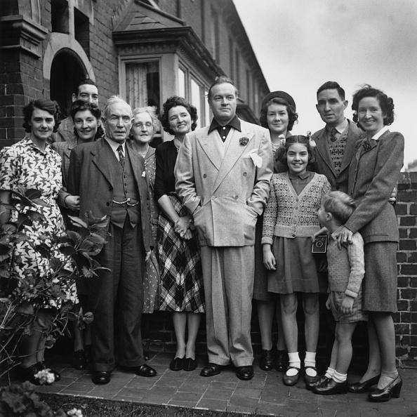 Fred Ramage「Bob Hope And Family」:写真・画像(4)[壁紙.com]