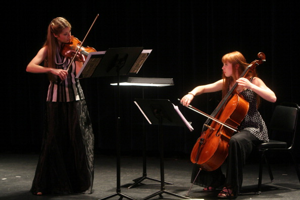 Cello「Elections, Transitions, and Refuge」:写真・画像(3)[壁紙.com]
