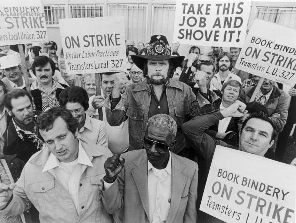 Organized Group「Johnny Paycheck Striking With Teamsters, 1977. 」:写真・画像(9)[壁紙.com]