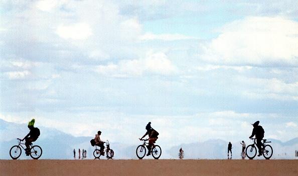 ネバダ州「Burning Man Festival in Nevada Desert」:写真・画像(14)[壁紙.com]