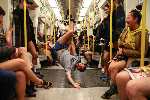 Pants「Londoners Take Part In The No Trousers Tube Ride」:写真・画像(18)[壁紙.com]