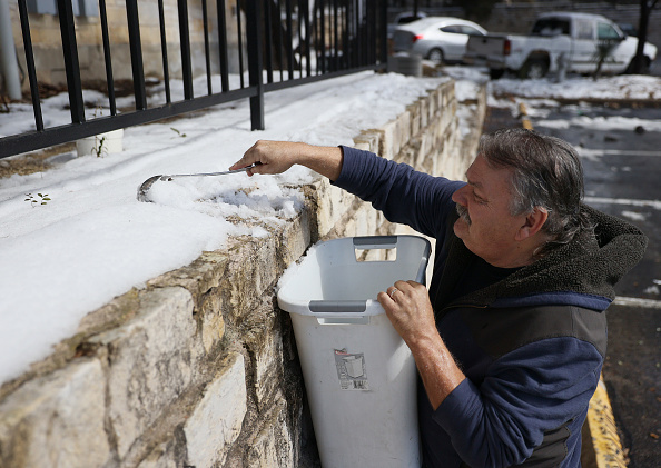 Snow「Texas Struggles With Unprecedented Cold And Power Outages」:写真・画像(10)[壁紙.com]