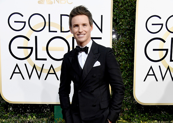 Eddie Redmayne「74th Annual Golden Globe Awards - Arrivals」:写真・画像(6)[壁紙.com]