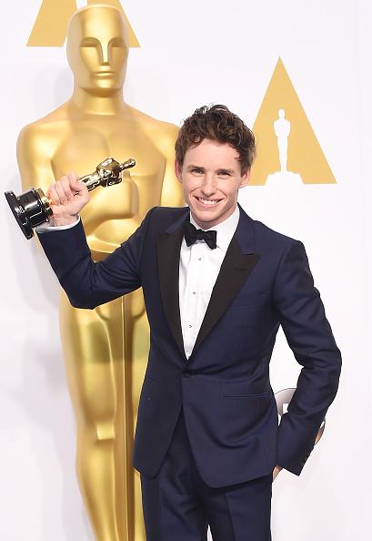 Eddie Redmayne「87th Annual Academy Awards - Press Room」:写真・画像(3)[壁紙.com]