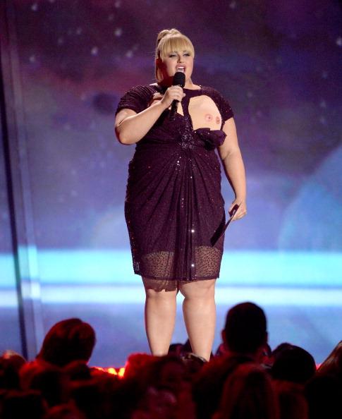 ドレス「2013 MTV Movie Awards - Show」:写真・画像(11)[壁紙.com]