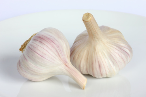 Garlic「Two bulbs of garlic in close up」:スマホ壁紙(13)
