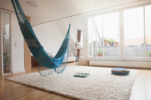 Munich「Home interior with hammock and carpet」:スマホ壁紙(13)