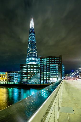 London Bridge - England「London bridge above river Thames with The Shard skyscraper」:スマホ壁紙(19)
