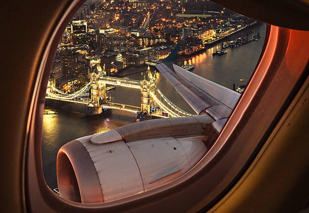 London bridge aerial view from the porthole:スマホ壁紙(壁紙.com)