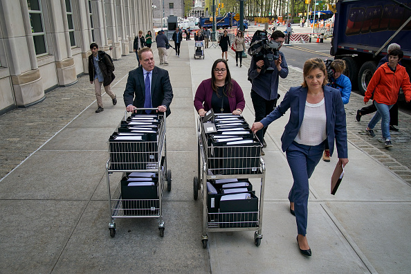 Keith Raniere「Nxivm Sex Cult Trial Begins With Opening Arguments」:写真・画像(10)[壁紙.com]