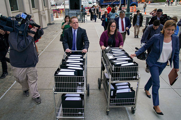 Keith Raniere「Nxivm Sex Cult Trial Begins With Opening Arguments」:写真・画像(1)[壁紙.com]