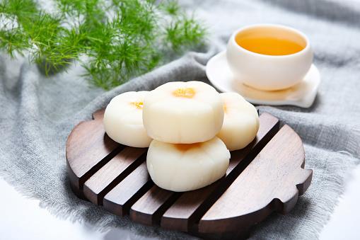 Dim Sum「Traditional pastry ice skin mooncakes」:スマホ壁紙(0)