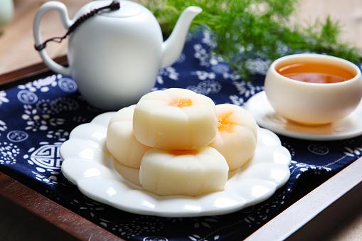 Dim Sum「Traditional pastry ice skin mooncakes」:スマホ壁紙(1)