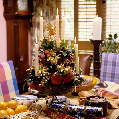 Christmas Cracker「Traditional English Christmas interior decoration」:スマホ壁紙(17)
