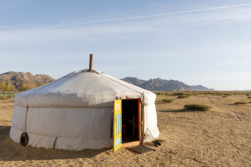 Tent「Traditional Mongolian ger in Khogno Khan national park, Mongolia.」:スマホ壁紙(9)