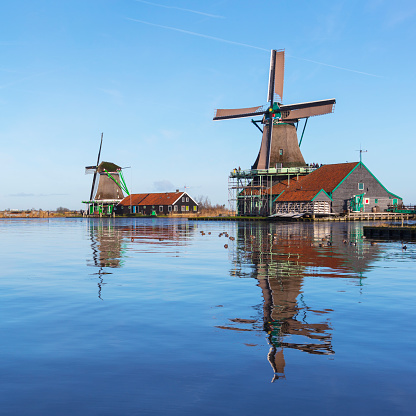 Netherlands「Traditional Dutch windmills at Zaanse Schans, Amsterdam, Netherland」:スマホ壁紙(9)