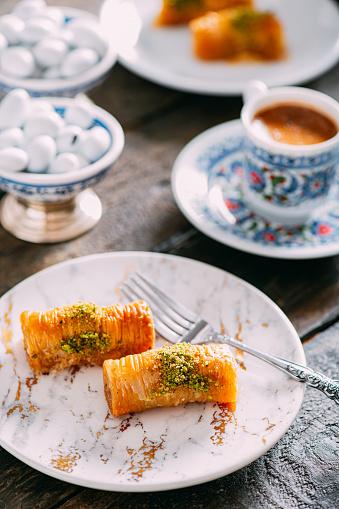 Sweet Food「Traditional Turkish Baklava and Coffee」:スマホ壁紙(0)