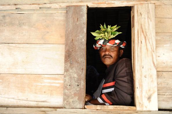 文化「Indonesia's Oldest Traditional Batak Dance Group Perform On Samosir Island」:写真・画像(18)[壁紙.com]