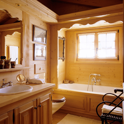 Chalet「Traditional mountain chalet in Gstaad」:スマホ壁紙(2)