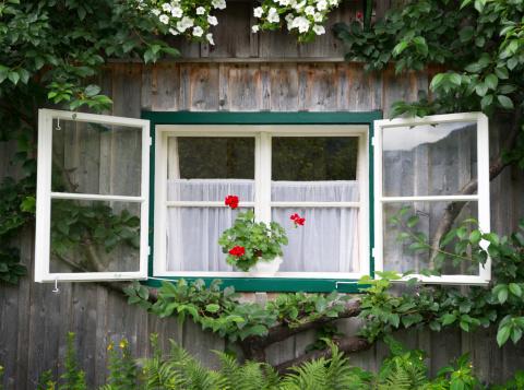 Limestone「Traditional Timbered Country House, Bavaria, Germany (XXXL)」:スマホ壁紙(10)