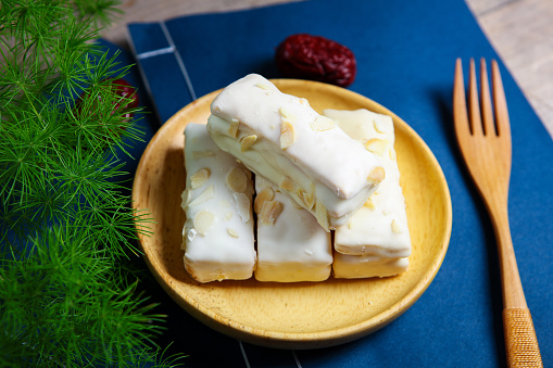 Dim Sum「Traditional pastry thousand layer cake」:スマホ壁紙(2)