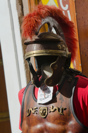 Gladiator「Traditional Roman gladiator costume in the street」:スマホ壁紙(3)
