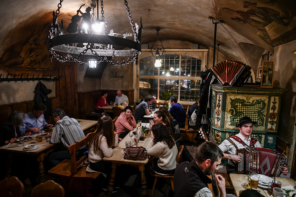 Tradition「Traditional Bavarian Taverns In Sharp Decline」:写真・画像(7)[壁紙.com]