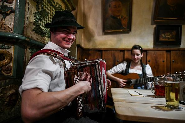 Tradition「Traditional Bavarian Taverns In Sharp Decline」:写真・画像(1)[壁紙.com]