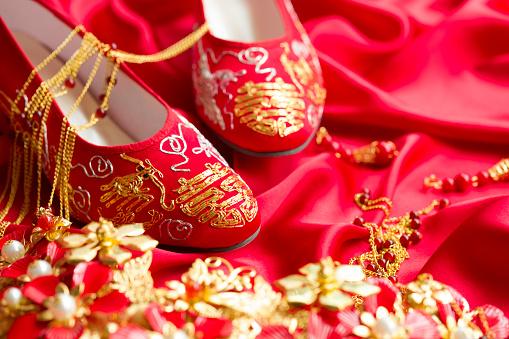 恋愛運「Traditional Chinese wedding elements」:スマホ壁紙(12)