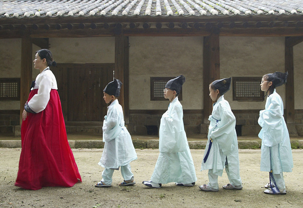 Cultures「KOR: S. Korean Children Attend Classes In Traditional Korean Culture」:写真・画像(14)[壁紙.com]