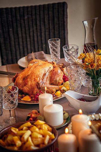Thanksgiving「伝統的な祝日スタッフドターキーディナー」:スマホ壁紙(11)