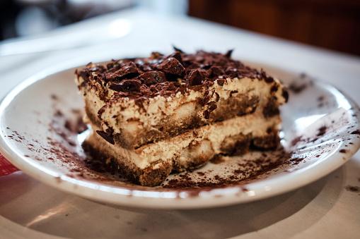 Biscuit「Traditional italian dessert, tiramisu」:スマホ壁紙(16)