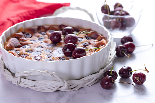 Flan Tart「Traditional french cherry clafoutis with cherry on white marble」:スマホ壁紙(7)