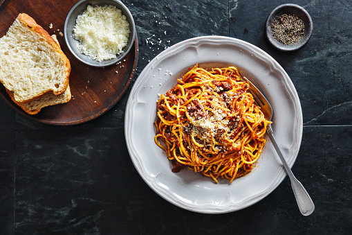 Italian Culture「Traditional Italian meal spaghetti alla bolognese」:スマホ壁紙(7)