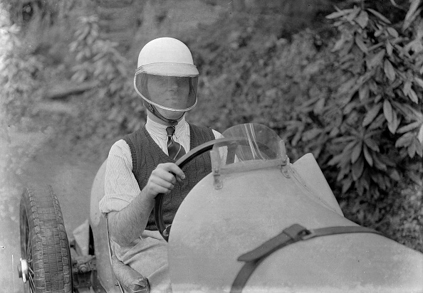 Wheel「Charles Mortimer behind the wheel of a MG KN Special, c1930s」:写真・画像(3)[壁紙.com]