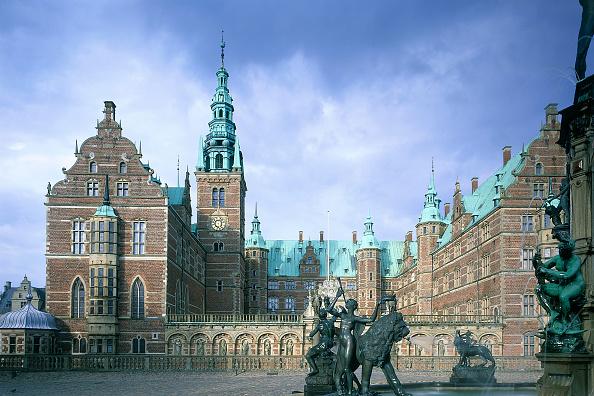 Wall - Building Feature「Fredriksborg Castle, Denmark.」:写真・画像(17)[壁紙.com]