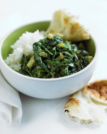 Basmati Rice「indian spinach saag with basmati rice and nan」:スマホ壁紙(0)