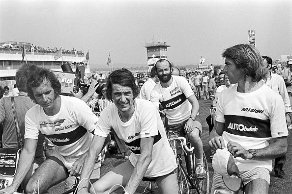 F1レース「Emerson Fittipaldi, Arturo Merzario, Henri Pescarolo, Jacques Laffite, Grand Prix Of France」:写真・画像(19)[壁紙.com]