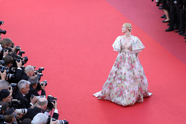 "Elle Fanning「""Les Miserables"" Red Carpet - The 72nd Annual Cannes Film Festival」:写真・画像(14)[壁紙.com]"