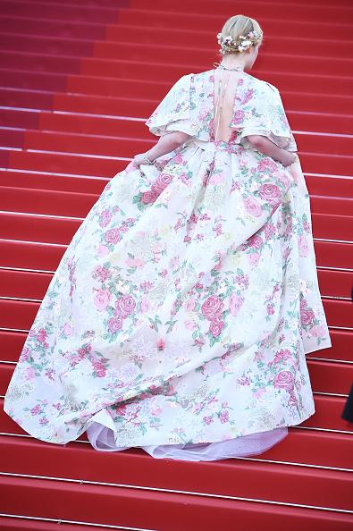 "Elle Fanning「""Les Miserables"" Red Carpet - The 72nd Annual Cannes Film Festival」:写真・画像(11)[壁紙.com]"