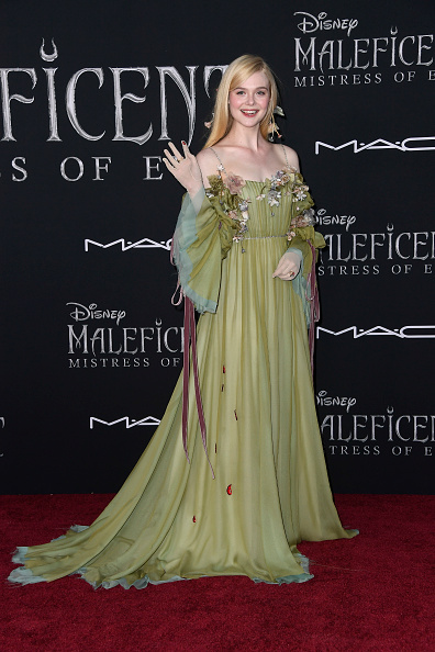 "Elle Fanning「World Premiere Of Disney's ""Maleficent: Mistress Of Evil"" - Red Carpet」:写真・画像(19)[壁紙.com]"