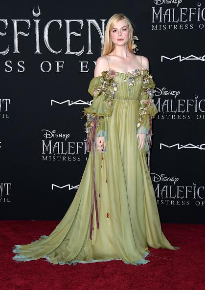 "Elle Fanning「World Premiere Of Disney's ""Maleficent: Mistress Of Evil""  - Arrivals」:写真・画像(19)[壁紙.com]"